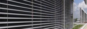 Facade blinds