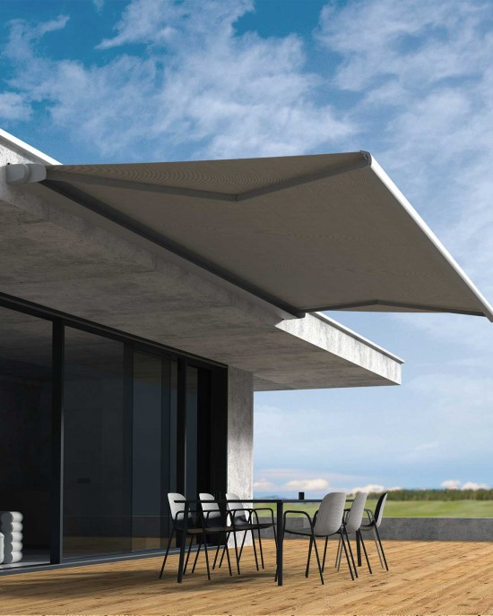 SILVI casette awning